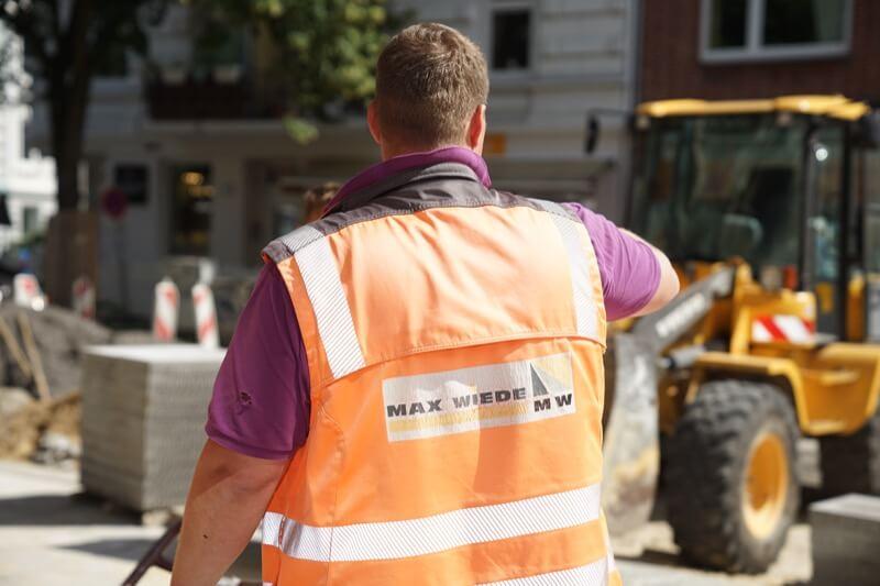 Bauarbeiter am Bau von Verkehrswegen