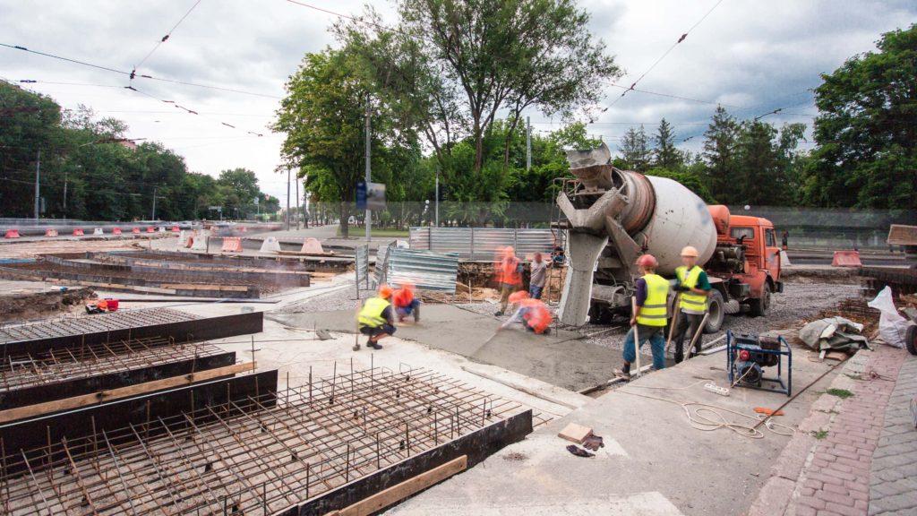 Straßenbau Hamburg Betonmischer